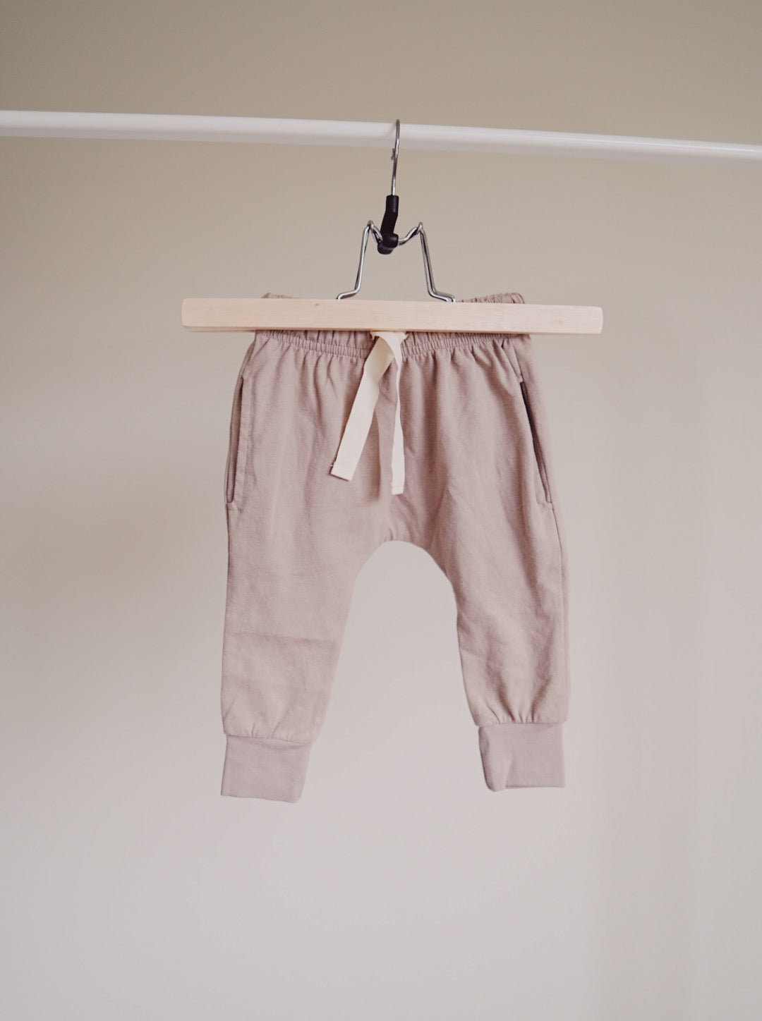 Brushed Cotton Joggers - Mushroom