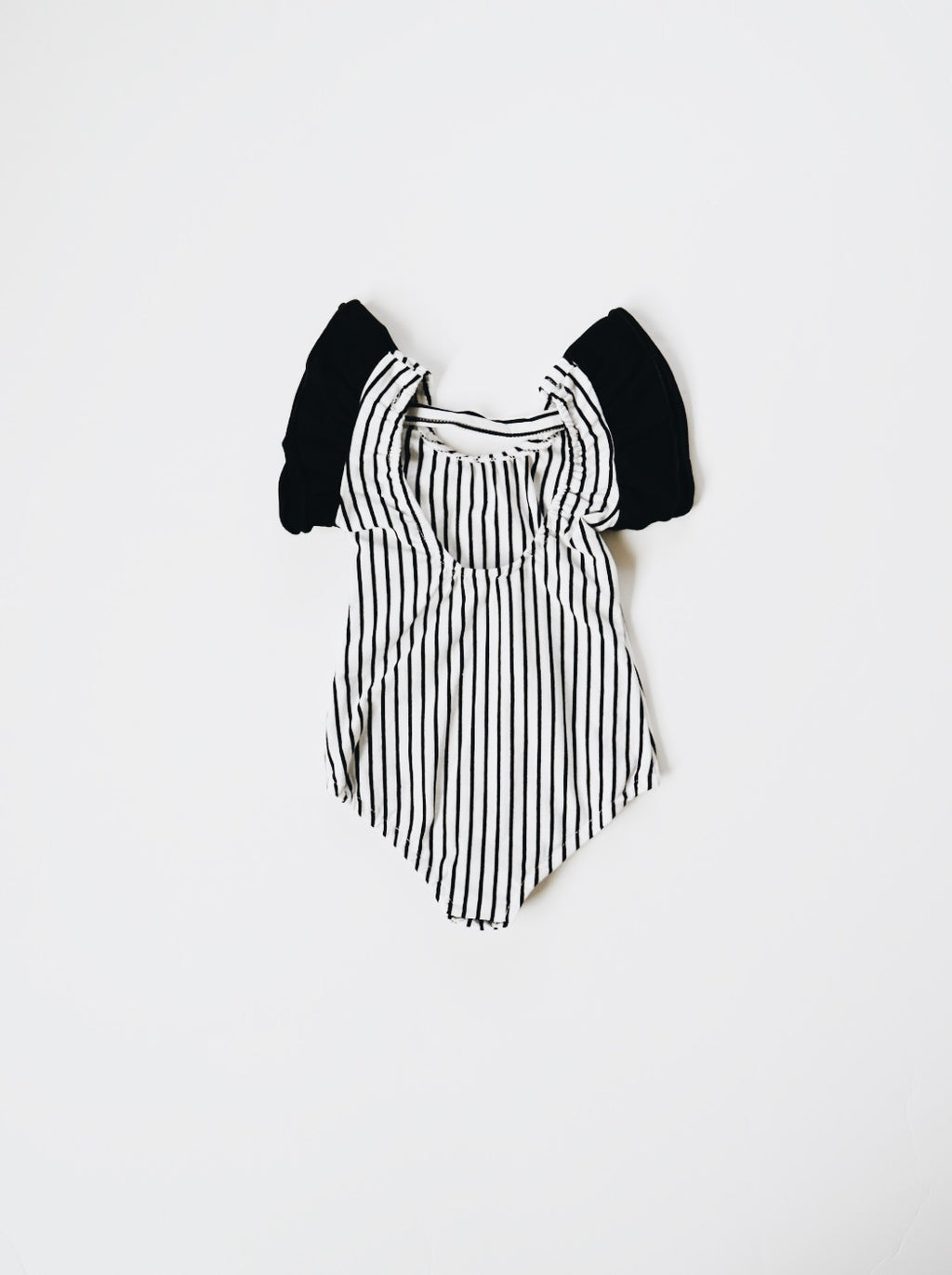 Flutter Sleeve Leo - Black Stripe