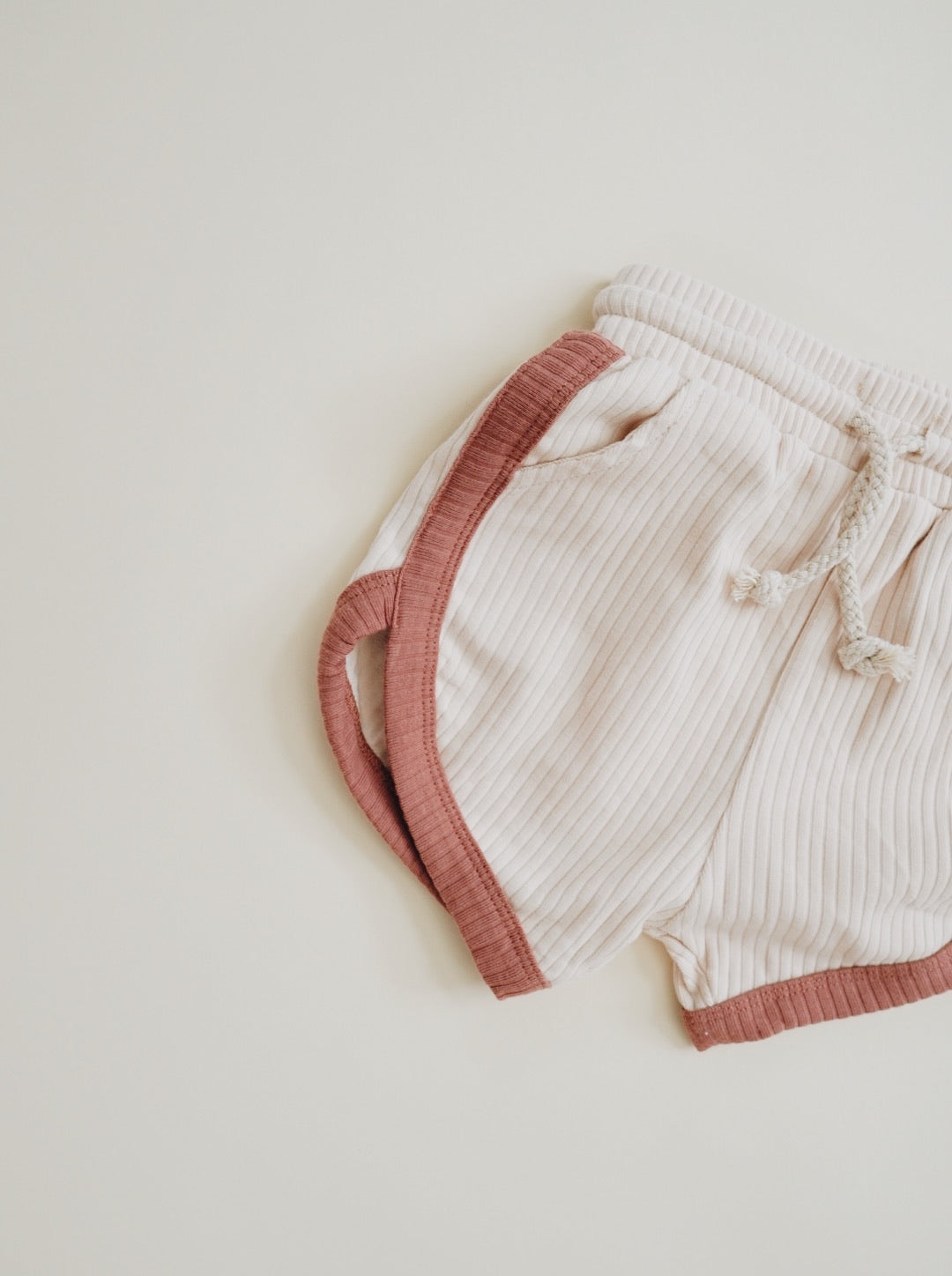 Retro Shorts - Cream