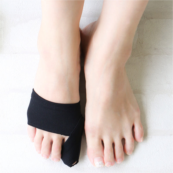 Single Bunion Support Footcare Cover | Reversible - CHERRYSTONE by MARKET TO JAPAN LLC