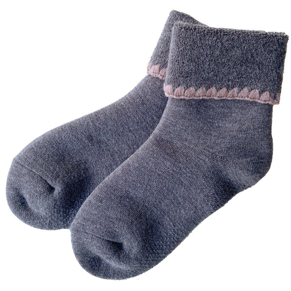 CHERRYSTONE® Slipper Socks | Turn Cuff with Grips | Gray - CHERRYSTONE