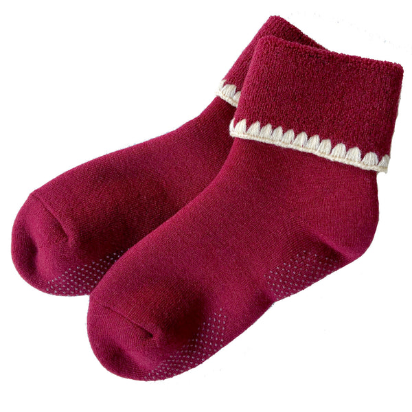 CHERRYSTONE® Slipper Socks | Turn Cuff with Grips | Wine - CHERRYSTONE