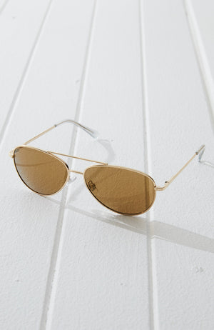 metallic vintage classic aviator sunglasses