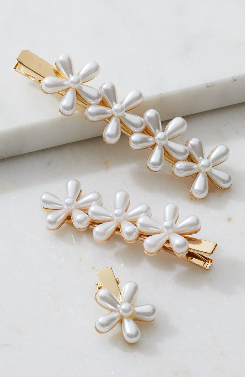 pearl flower party slides hair clip set