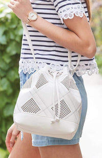 sports lux bucket bag