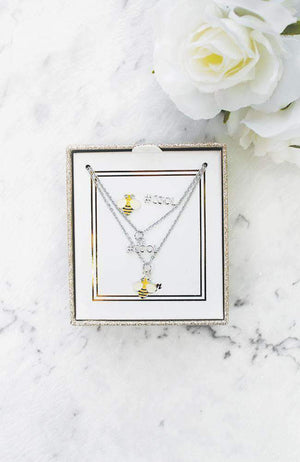 bee cool necklace gift set