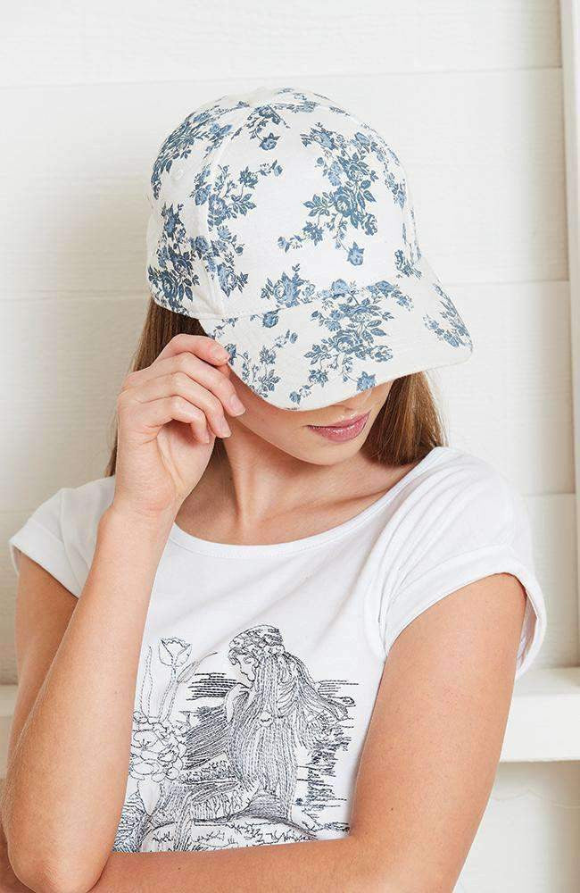 blue blossoms cap