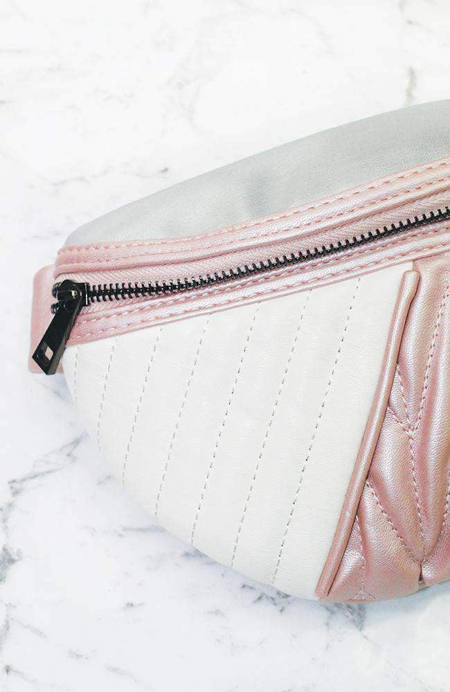 gigi quilted zip bum bag