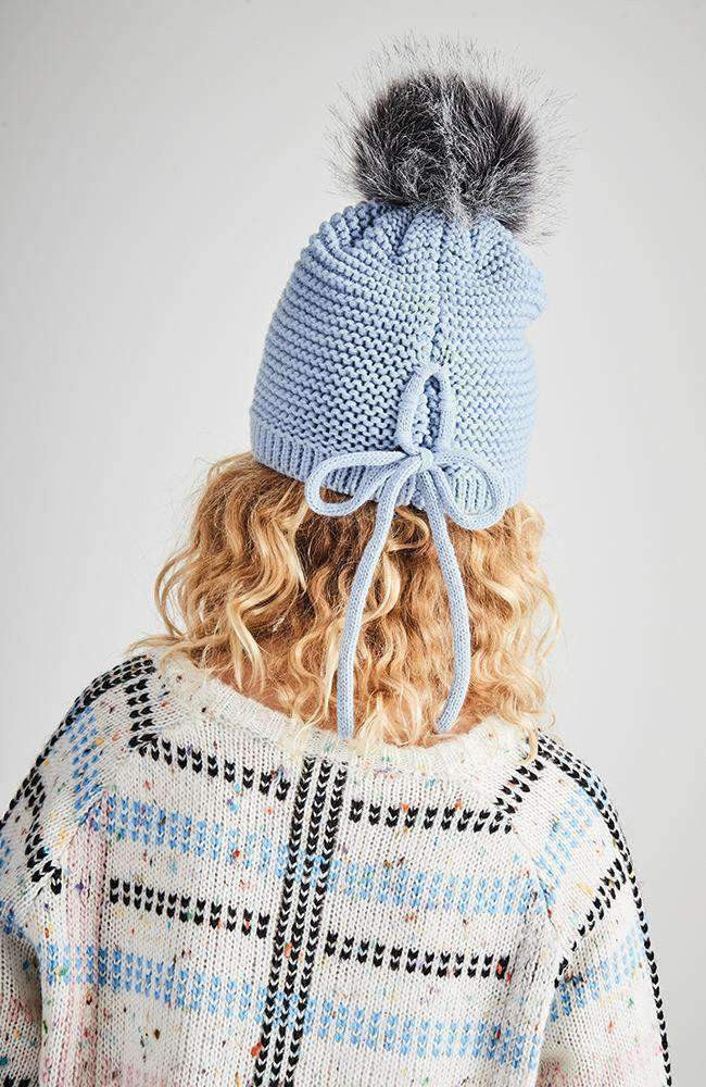 winter fair blue pom pom bow beanie