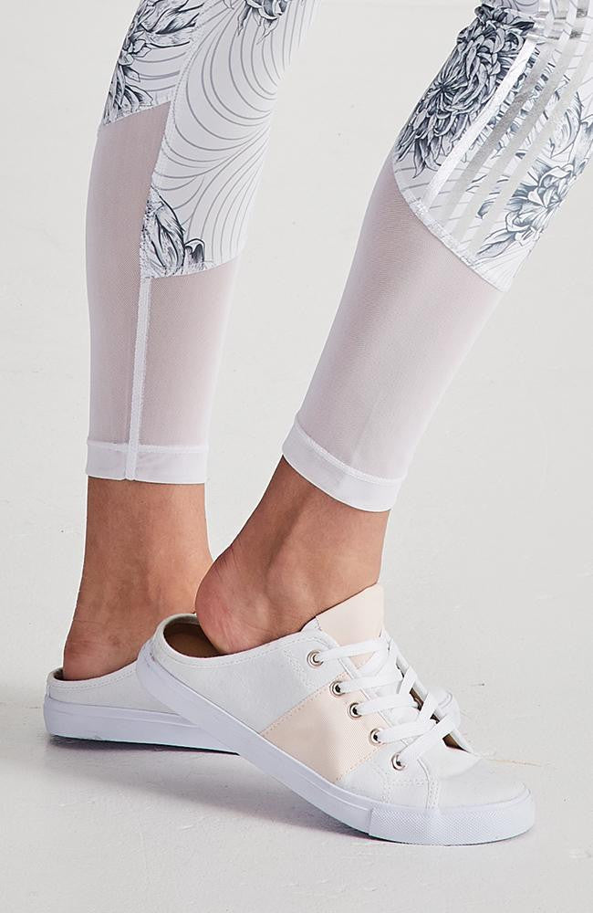 street slide white canvas striped sneakers
