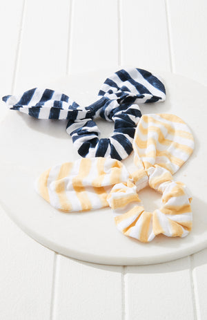emily scrunchie set
