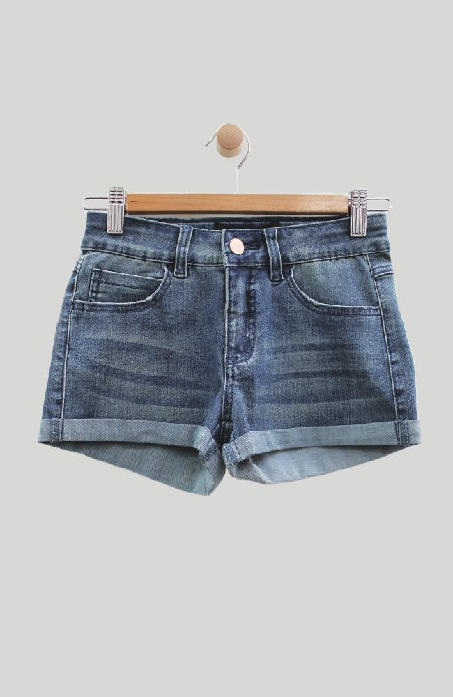 leah mid-rise rolled cuff denim short