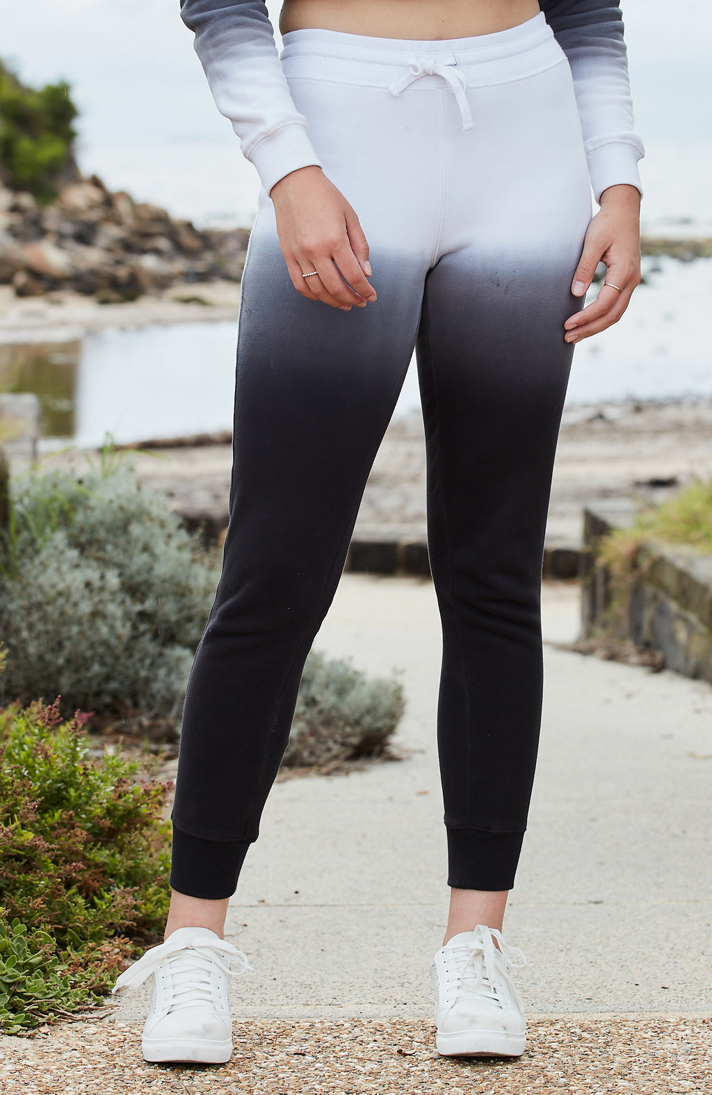bea black to white dip dye girls active sweat pant