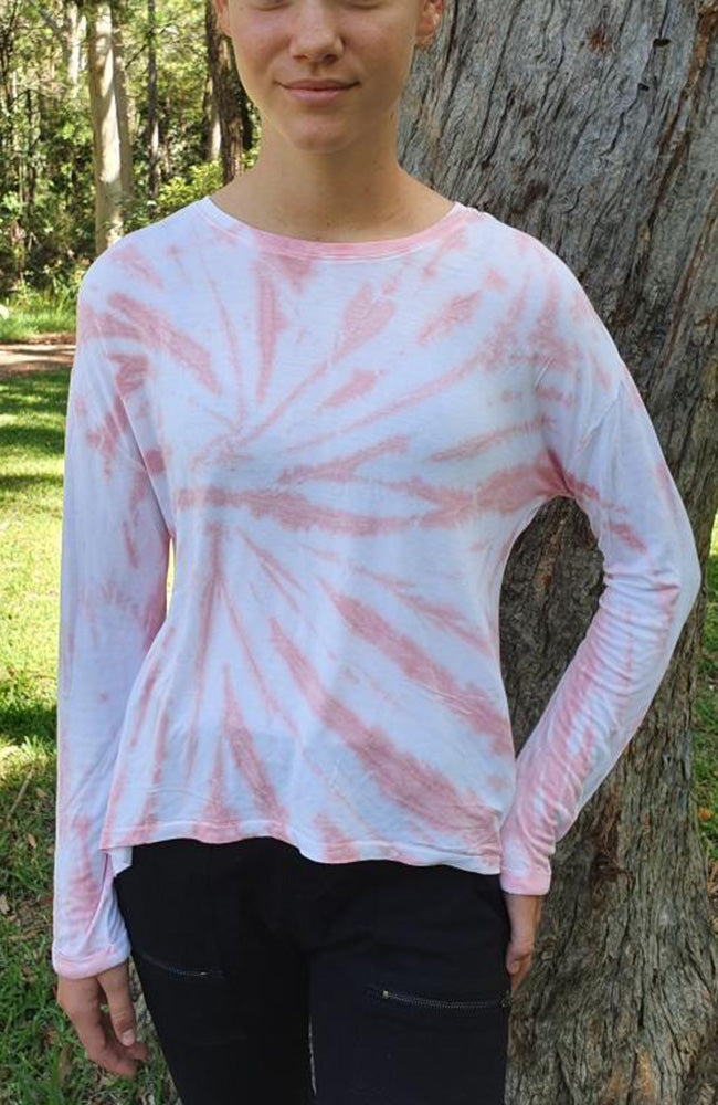 jacqueline tie dye back split girls crew tee