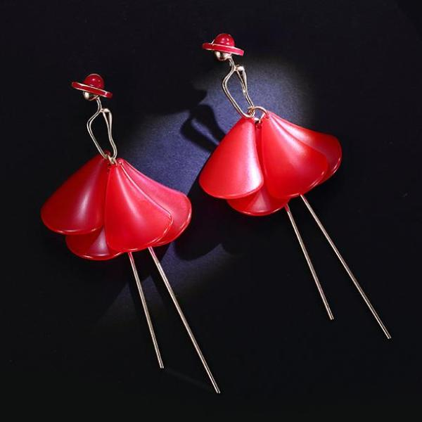 Lady Pedal Skirt Earrings