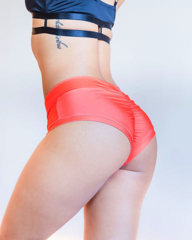 Essential Shorts Coral - PoleActive - PoleActive
