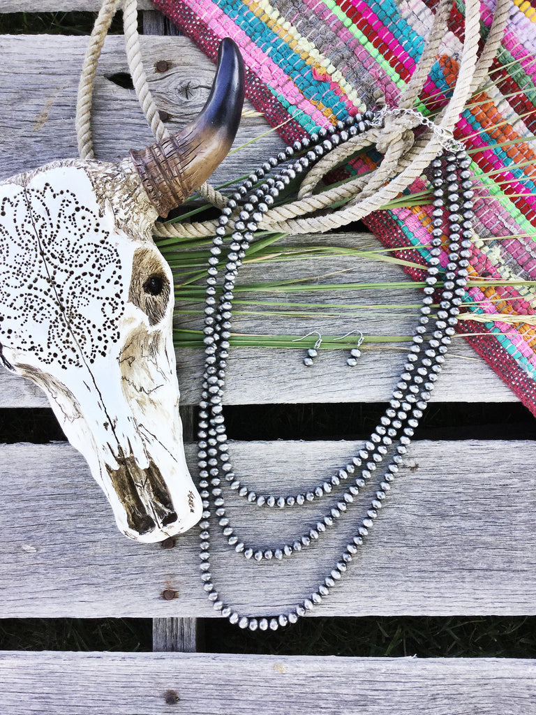 Silver Navajo Pearl Necklace - Long - Triangle T Boutique