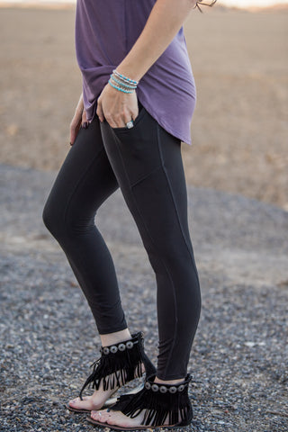 The Side Pocket Leggings - Black