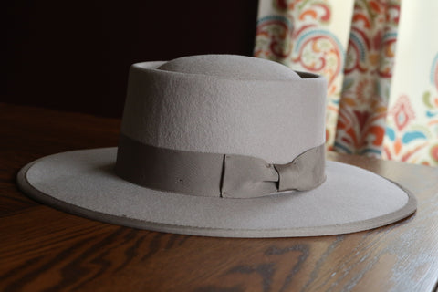The Maverick Felt Hat - Beige