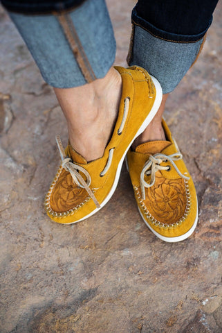 The Trails End Moccasins - Mustard