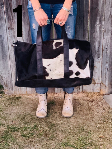 Travelin' Man Cowhide Duffel Bag - Black