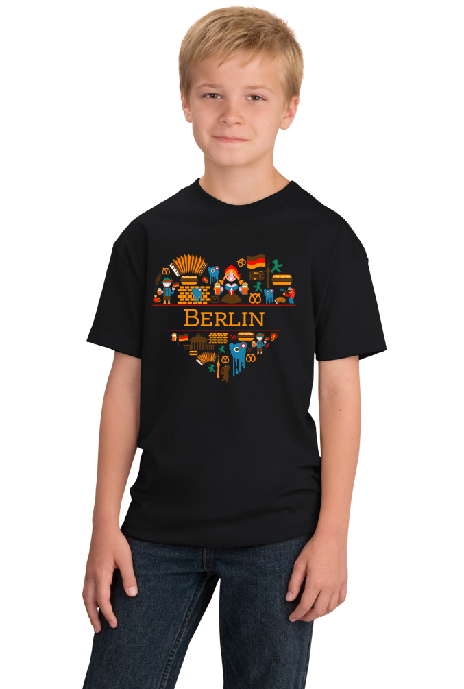 Youth Black Germany Love: Berlin - German History Culture Fun Cute Gift T-shirt