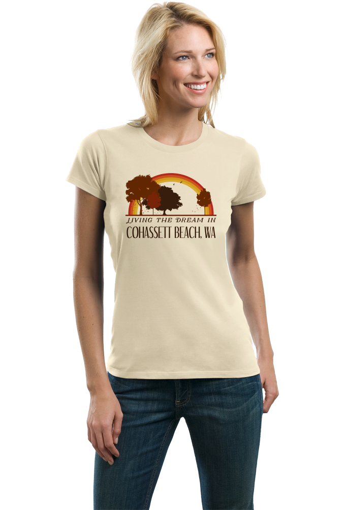 Ladies Natural Living the Dream in Cohassett Beach, WA | Retro Unisex  T-shirt
