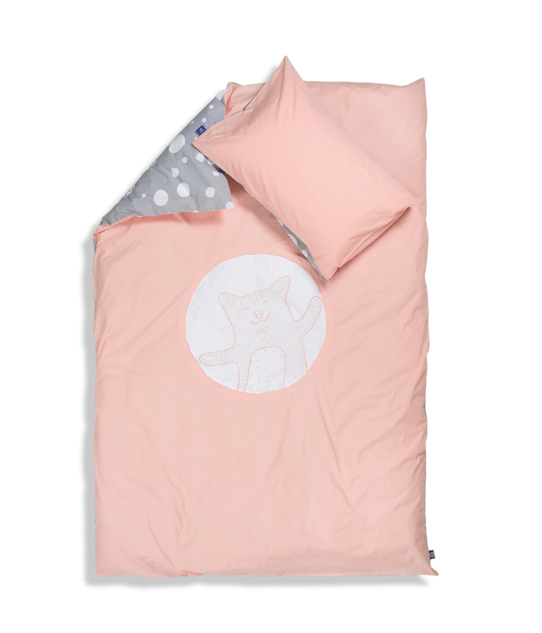 Organic cotton kids bedding set. Pillow case and duvet cover. Pink and grey colours, dotted pattern. Main bed linen character cat Shoo.