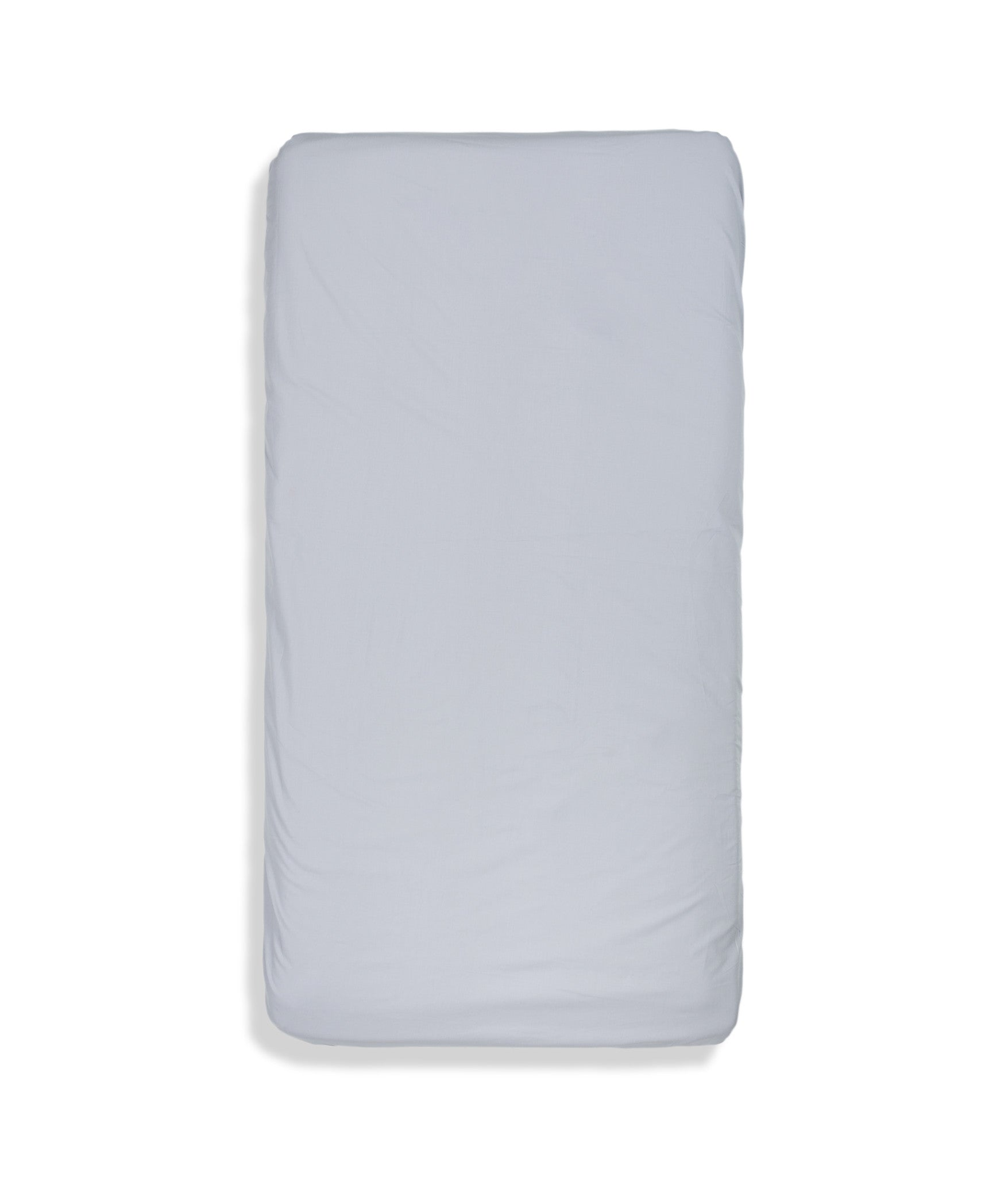 Organic cotton solid colour kids fitted sheet. Fully elasticized. Grey colour.