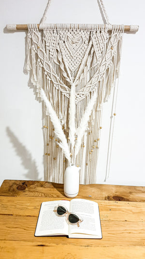 Pampas grass. Thin white natural stem. - Three Nines Boutique