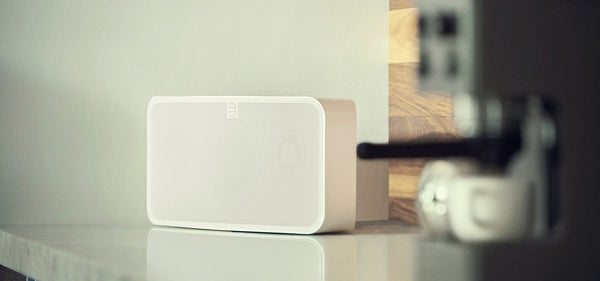 Bluesound All-In-One mit Lautsprecher Bluesound PULSE 2i Allinone