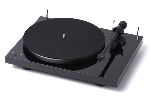 Pro-ject Audio turntable black Pro-ject Debut RecordMaster HTE Ortofon 2m silver