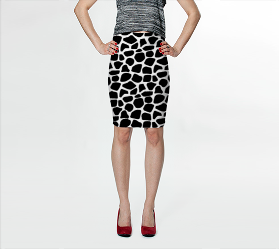 Black and White Giraffe Print Skirt