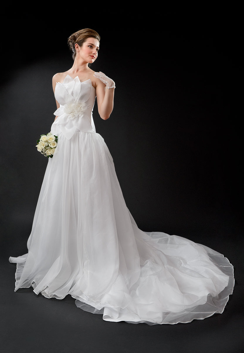 anna nieman designer wedding dress Boston. Romantic style gown from silk/organza with beautifully floral appliqué on the top