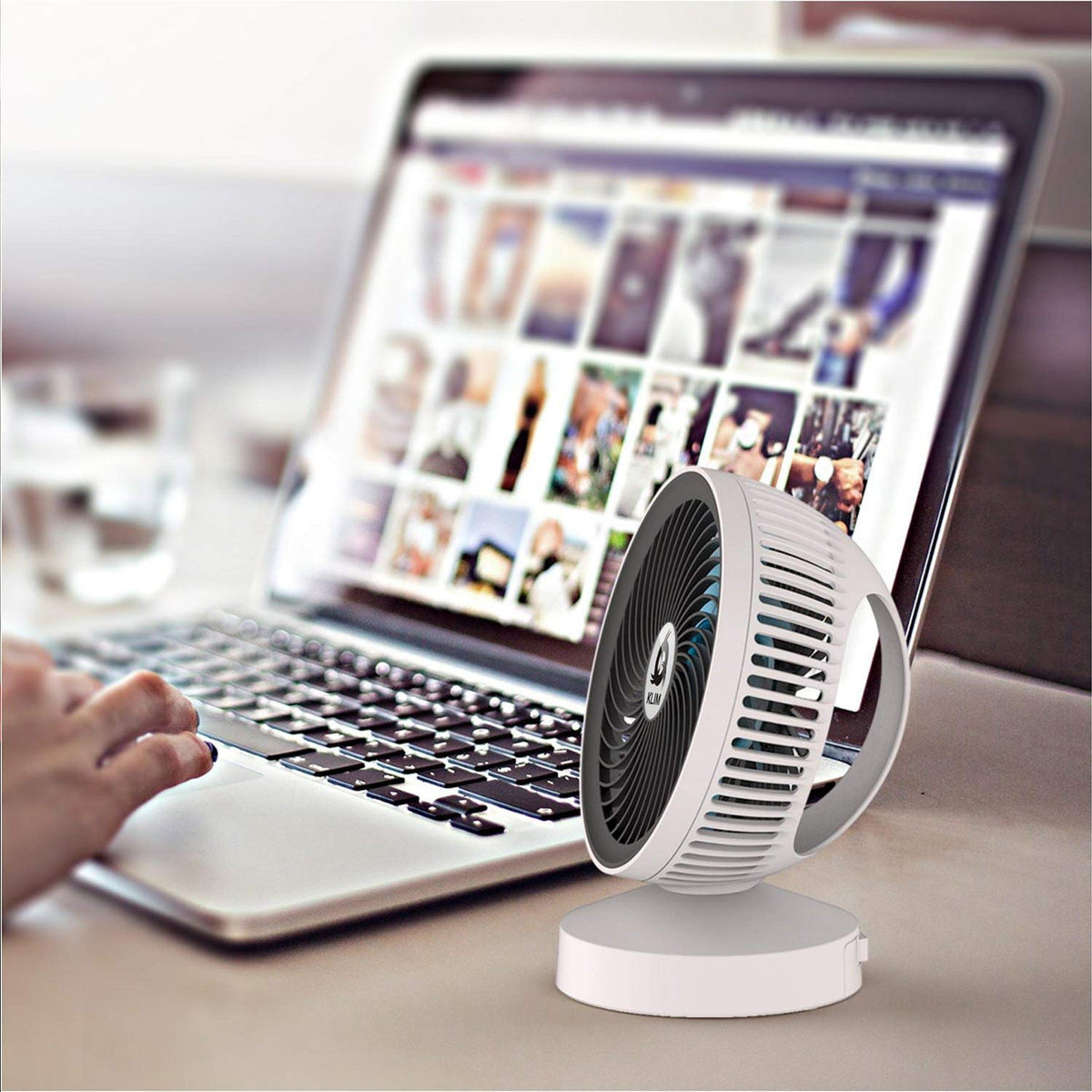 Portable Powered Ultra Slim and Compact USB Powered Foldable Desktop Fan