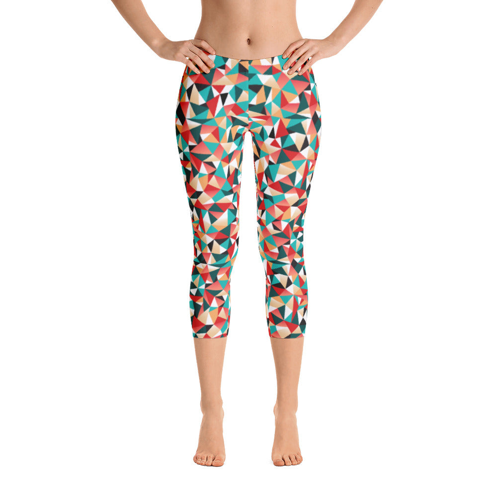 Triangle II Pattern Capri Leggings