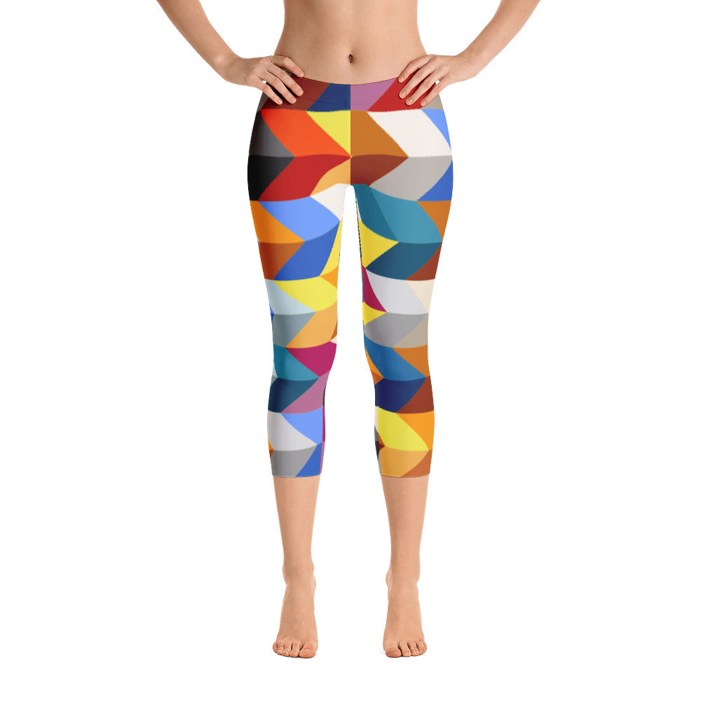Geometric Pattern Capri Leggings