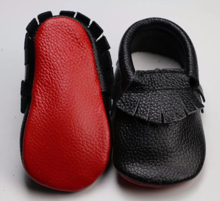 the latest 4db5c ffbde Black Loubs Moccasin