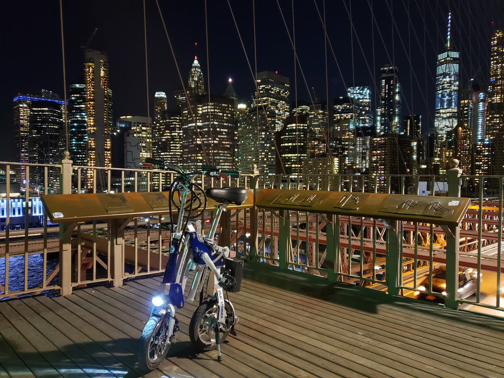 STERNER Electric Bike with beautiful New York Manhattan Night Lights