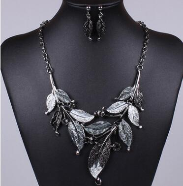 Classic Leaf Rhinestone Alloy Drop Necklace Earrings Jewelry