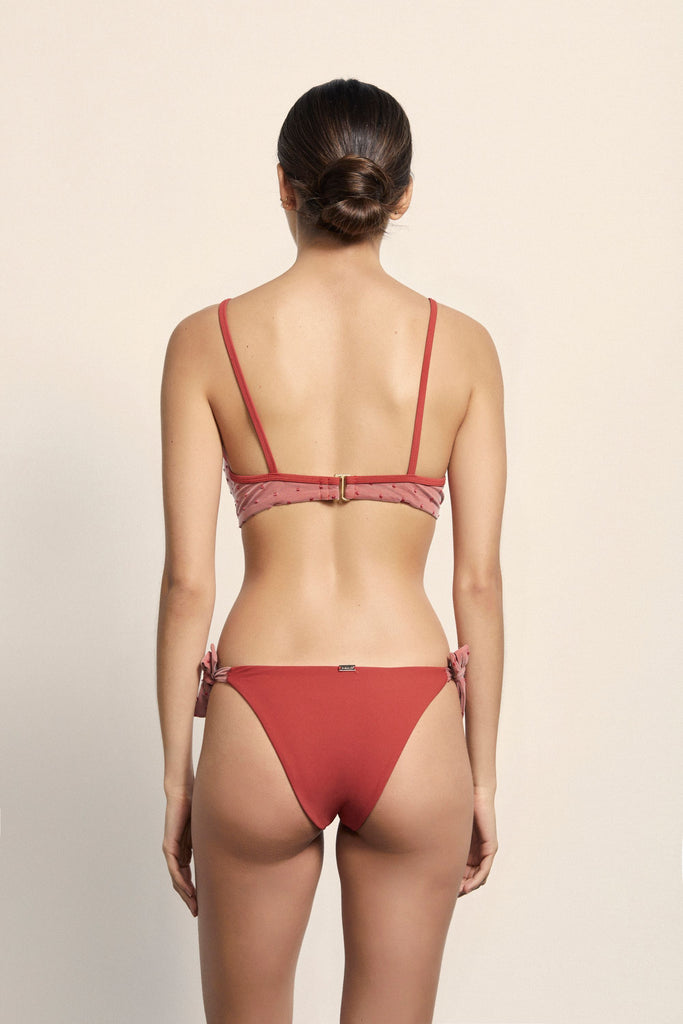 Béatrice Bottoms - Rouge