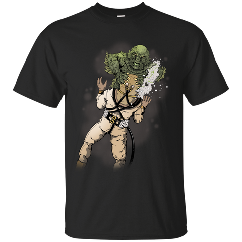 Creature from the Black Lagoon (Art by: Brian Callis) Gildan T-Shirt