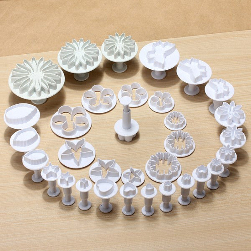 Cake Pastry Plunger Cutters  Baking Moulds 33Pcs - Idiyka.com