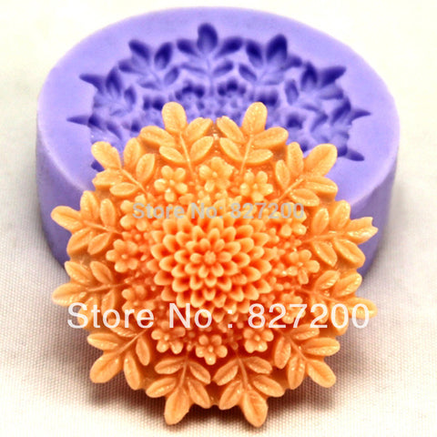 DIY silicone molds for cakes decorating