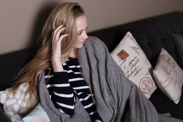 Pure Organic Cotton Cable Knit Throw Blankets Grey Color