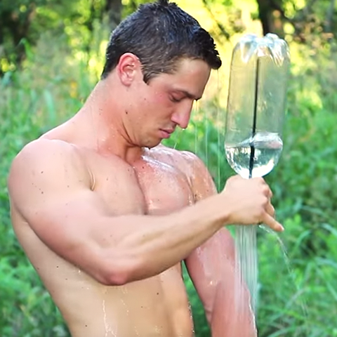 Simple Shower - the perfect portable camping shower device
