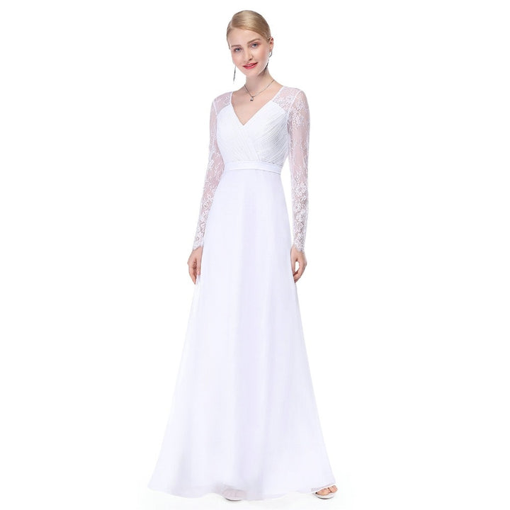 Women's V-Neck Long-Sleeved Lace Wedding Dress With Appliques