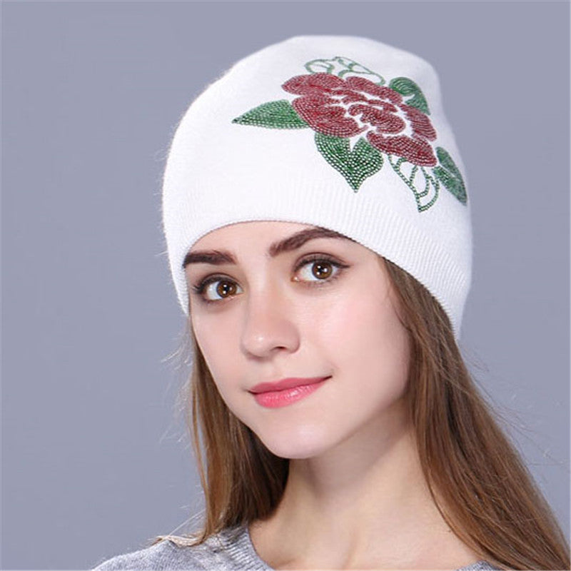 Women's Winter Cashmere Hat With Embroidered Flower