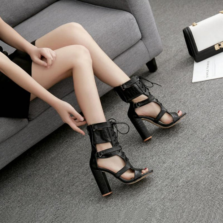 Women's Gladiator Sandals With Cut-Out Toe