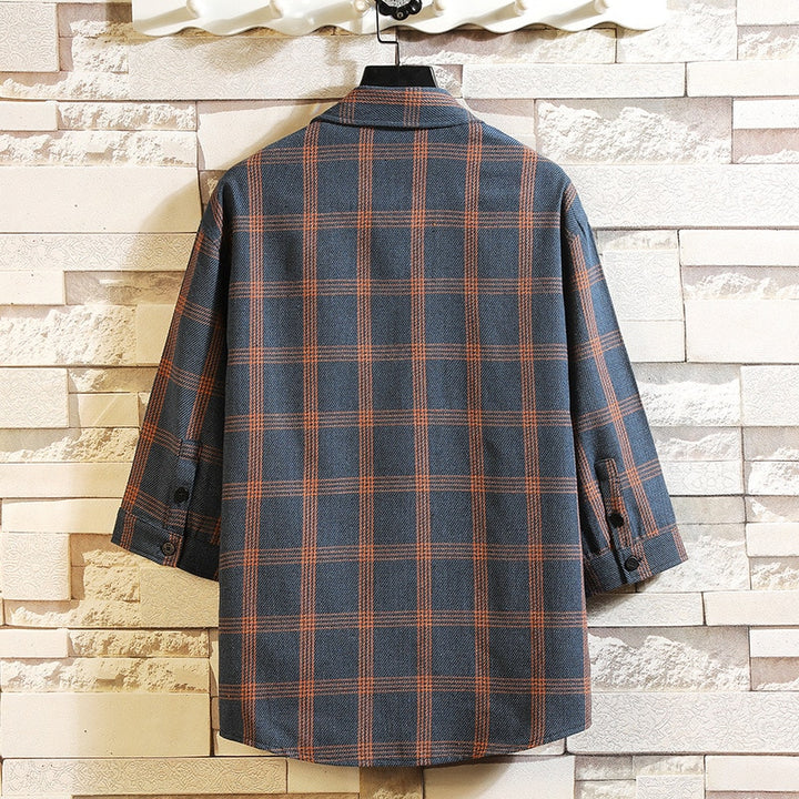 Men's Casual Cotton Shirt With Plaid Pattern